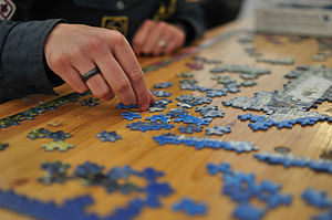 300px-Jigsaw_puzzle_01_by_Scouten
